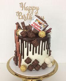 Nutella overload drip cake