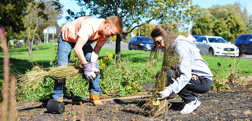 Community Garden Clean Up and Mud Pies - Oct 26 at 1pm