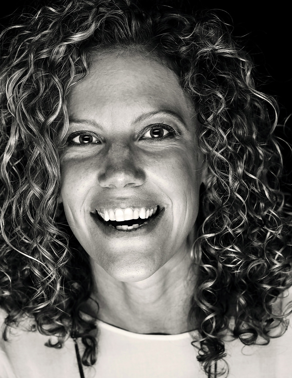 Karlee Leica Basal Headshot retouch.jpg