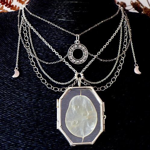 Collier pour sorcière de la lune avec chaînes argent les phases de la lune et pendentif en verre contenant de la lunaria