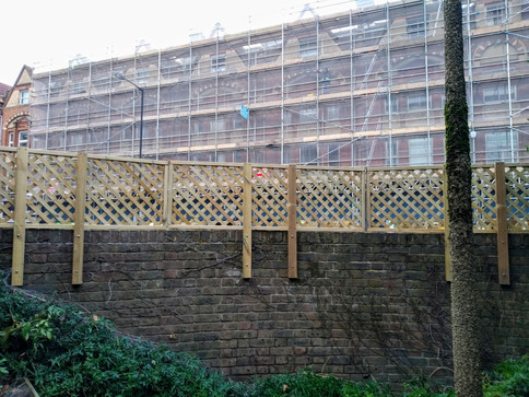 Garden Side - Bendy Trellis
