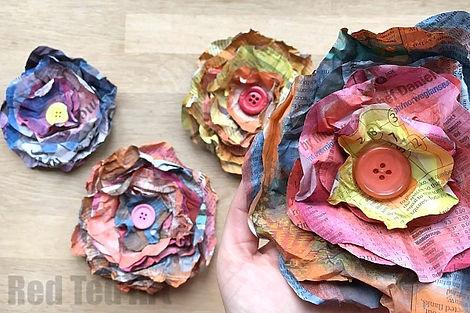 Flower-Newspaper-DIY.jpg