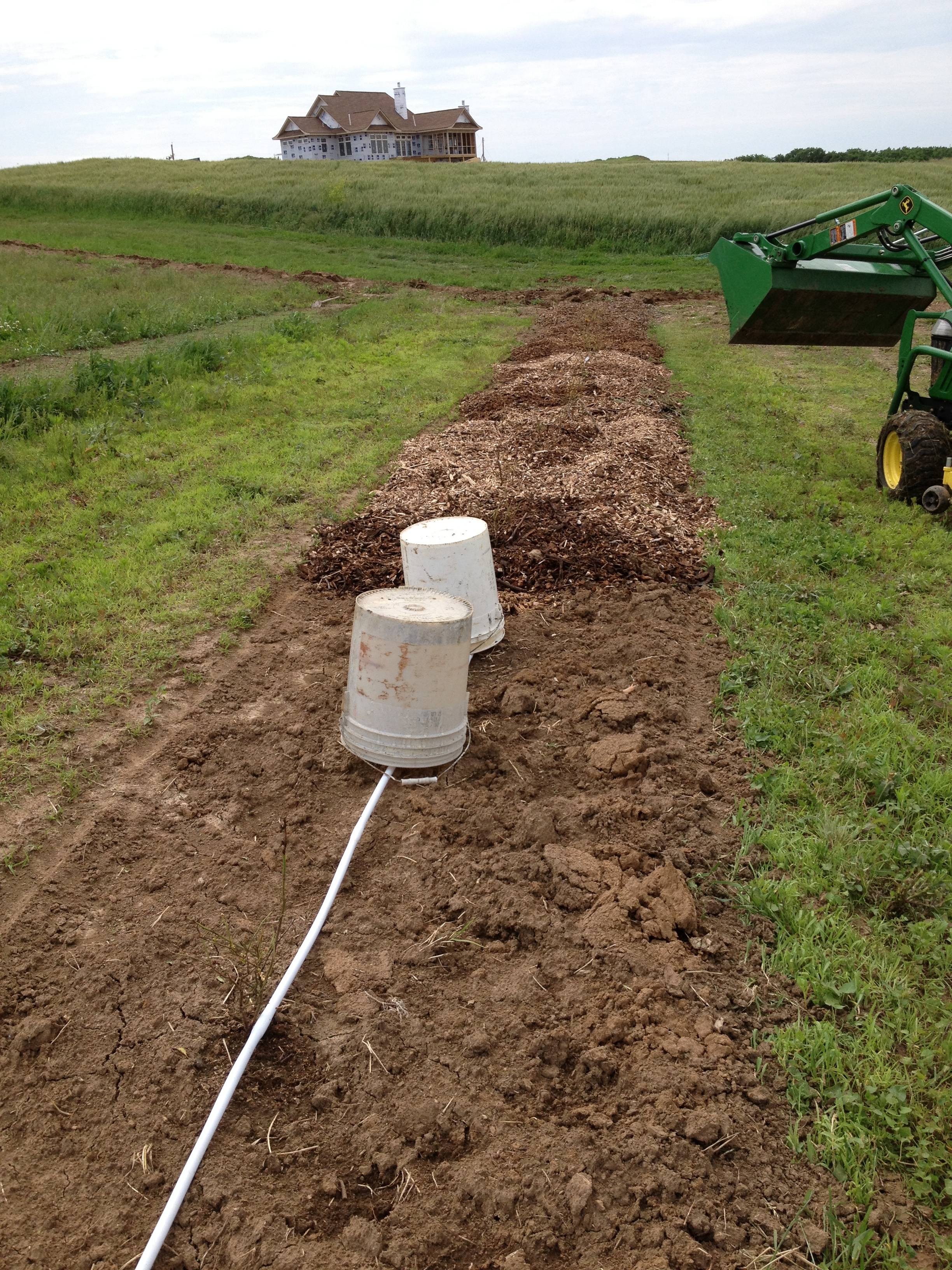 Drip pipe along rows
