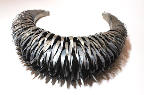 Tin Plumage (1)
