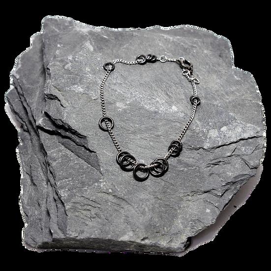 Layered Loose Rings Bracelet (black steel rings)