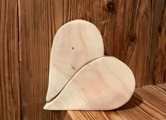 Cuore spezzato in legno di cirmolo