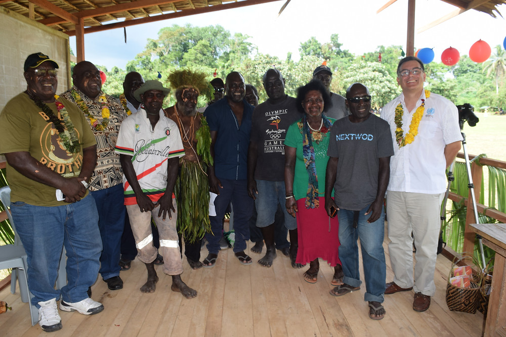 Members of the project and representatives from communities in Bougainville