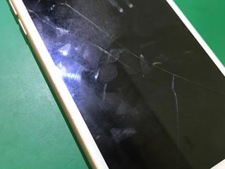 軽度のガラス割れ 使い続けた結果・・・
