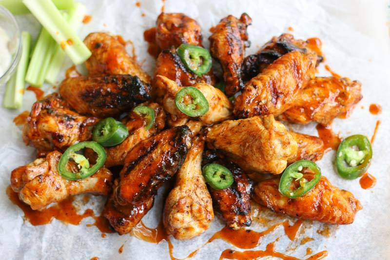 buffalo chicken wings with jalapeno and celery