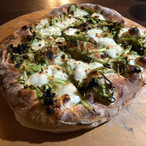 asparagus, leek, gruyere pizza.jpg