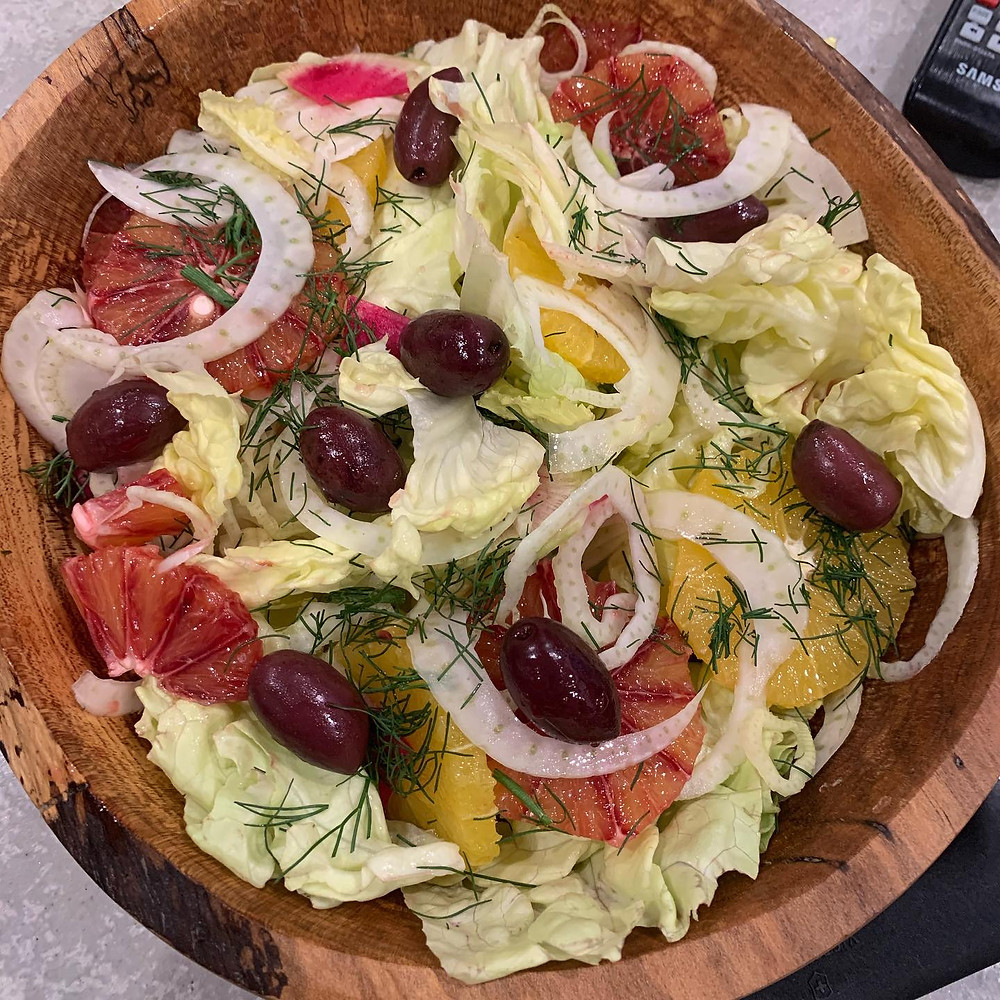 salad with olives and onions