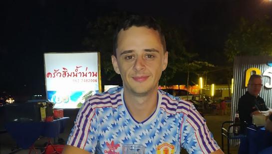 writer in Thai restaurant