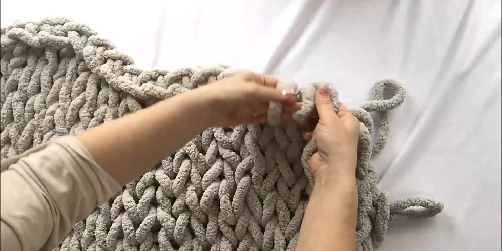 DIY Hand Knit Blanket with The Eclectic Artisan