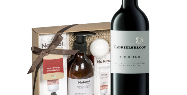 Unwined Bath Hamper with Gabrielskloof