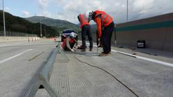 고속도로 복원공사 현장