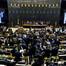 Maioria dos deputados paranaenses votam pelo afrouxamento na improbidade administrativa