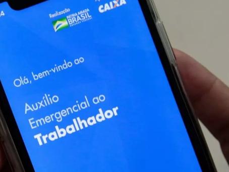Por resgate de popularidade, Bolsonaro agora defende prorrogação do auxílio emergencial