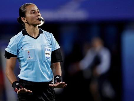 Árbitra de Goioerê selecionada pela FIFA para apitar no Mundial de Clubes