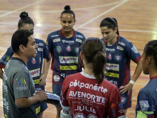 Primeiro jogo do futsal feminino com público em Cianorte vira destaque estadual