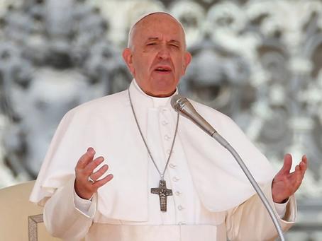 Papa Francisco anuncia que  tomará vacina na próxima semana