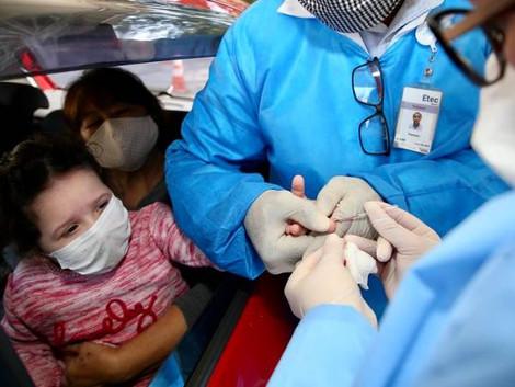 Cresce número de casos graves de Covid em crianças e jovens, diz Boletim da Fiocruz
