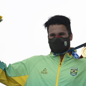 Ítalo Ferreira, no surf, conquista a primeira medalha de ouro do Brasil
