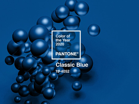 Classic Blue - Culoarea anului 2020 - cum sa o folosesti ca sa te pui in valoare