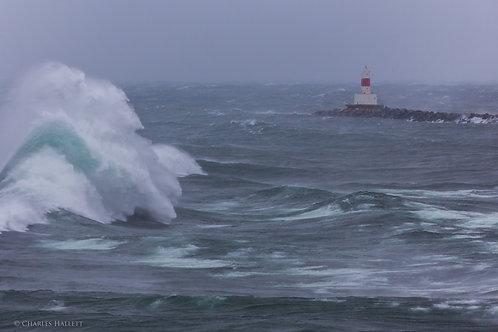 Lighthouse Crest