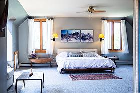 hillside suite room.jpg