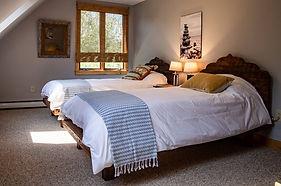 Vermont yoga retreat  Riverstone room
