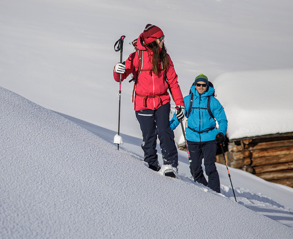 MATT-Winter-Leki-Skitouring-Couple.jpg