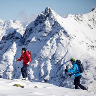 MATT-Winter-Leki-Skitouring-Couple-5.jpg