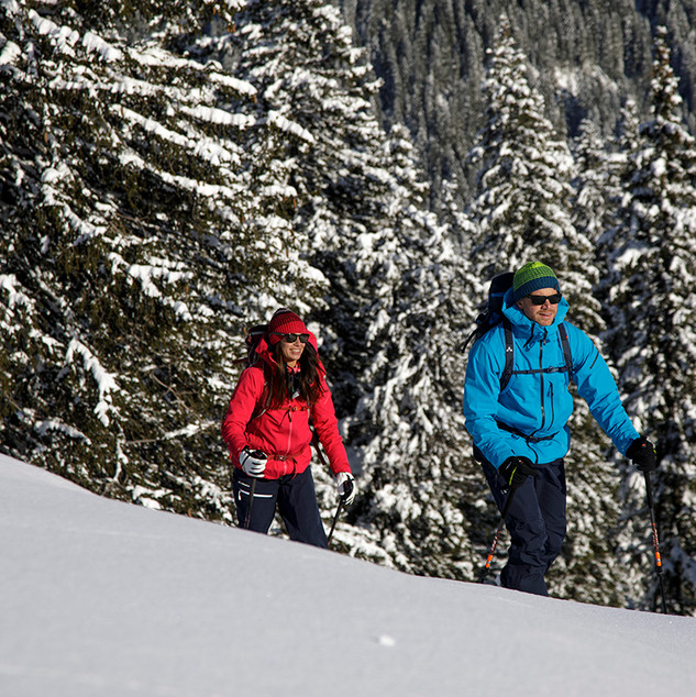 MATT-Winter-Leki-Skitouring-Couple2.jpg