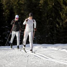 MATT-Winter-Leki-Cross-Country-Couple3.j