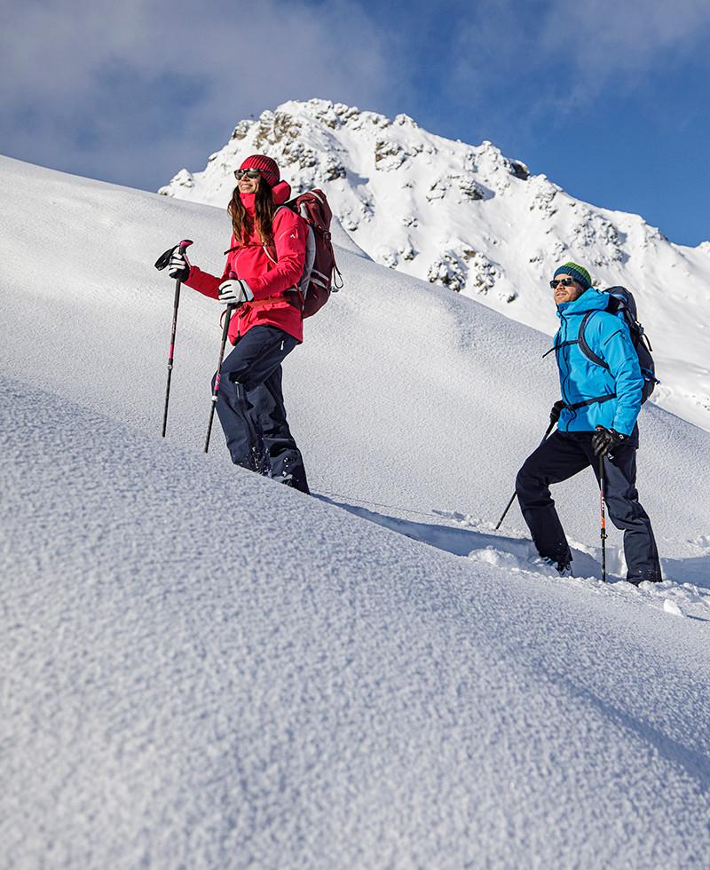 MATT-Winter-Leki-Skitouring-Couple9.jpg