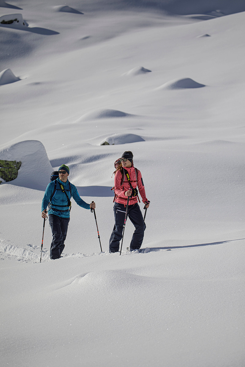 MATT-Winter-Leki-Skitouring-Couple7.jpg