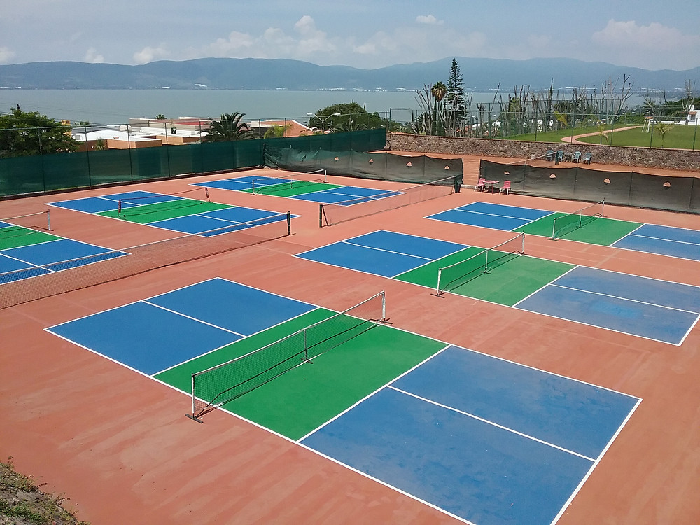 Pickleball courts in Raquet Club, San Juan Cosala