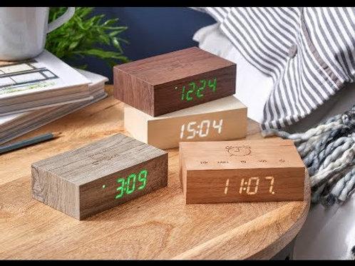Réveil Flip en bois