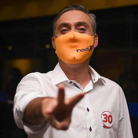 Carlos Medeiros diz que debate mostrou a diferença entre o projeto Novo e a velha política