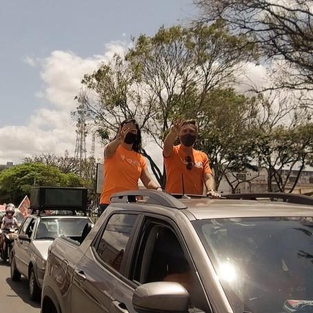 Carlos Medeiros realiza carreata em primeiro ato de campanha: 'Está na hora de mudar'