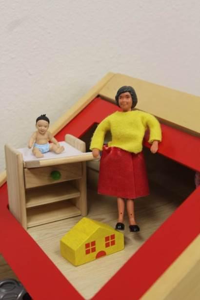 doll house 11