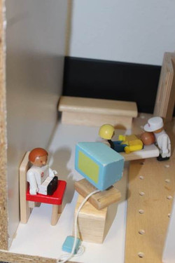 play  hospital 4