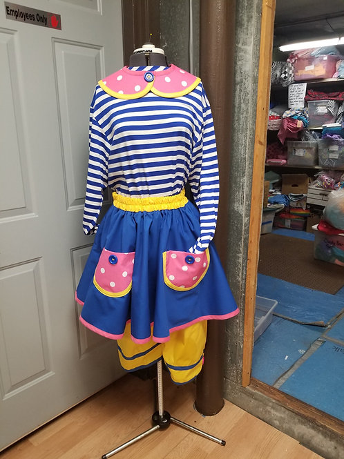 XL Cutie Circle Skirts and jumper pants with Cutie Collar