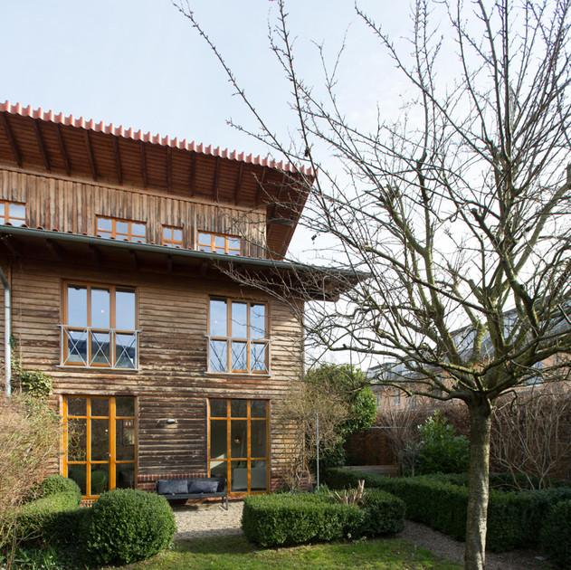 Holzhaus.jpg