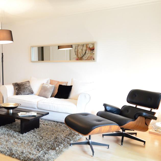 Johnsallee Sofa.jpg