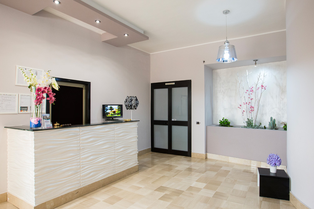reception hotel sole di puglia