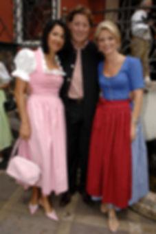 Toni Schmacher mit Frau Jasmin, Petra Za