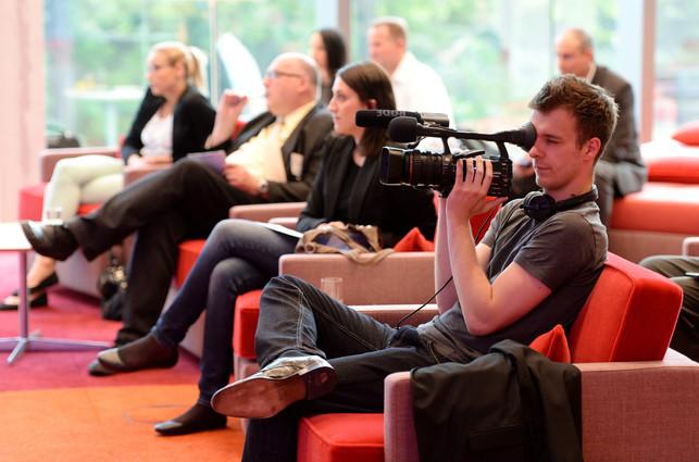 Press Conferenz.jpg