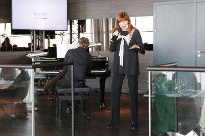 Katja Ebstein Pianist.jpg