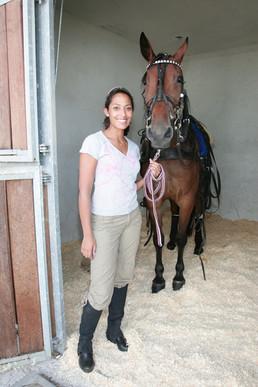 Jessica Wahls mit Pferd.JPG